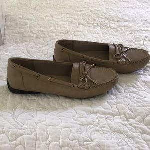Life Stride Shoes - Womens Life Stride Moccasin.Never worn.Sz:8.5